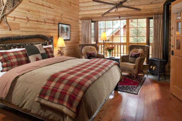 Cathedral Mountain Lodge Rustic Log Bedrooms Cabin