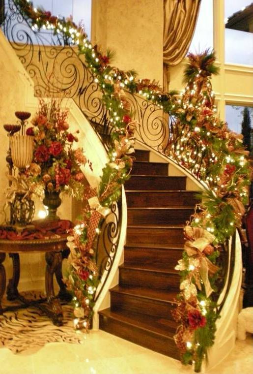 Christmas Staircase Christmas Staircase Christmas