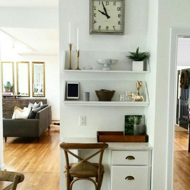 Cute Way To Make Use Of A Corner Love Those Mirrors In