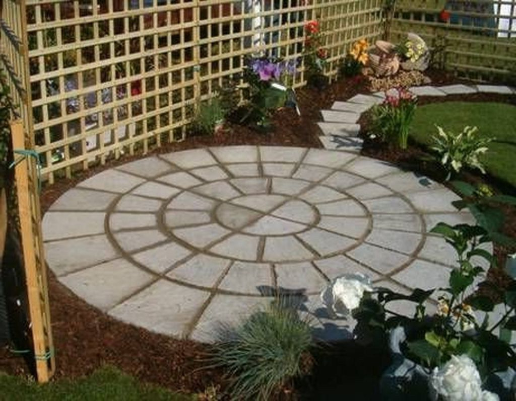 Fabulous Backyard Design Ideas On A Budget 38 Small Patio Design Patio Garden Small Backyard