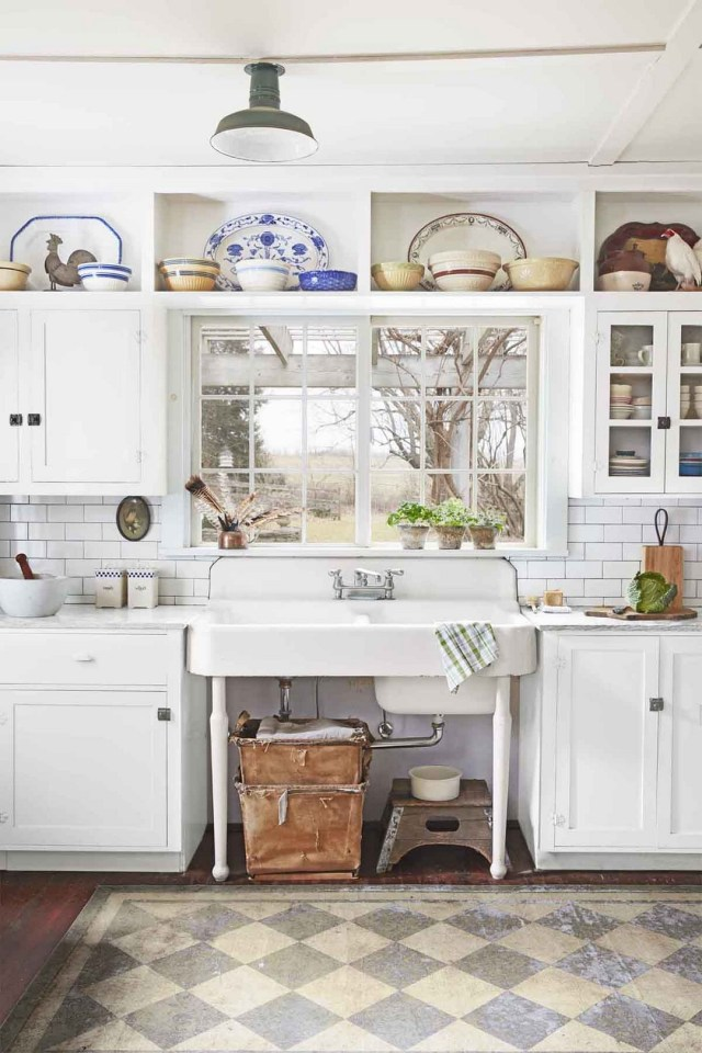 Farmhouse Kitchen Ideas On A Budget That Will Bring The Charm