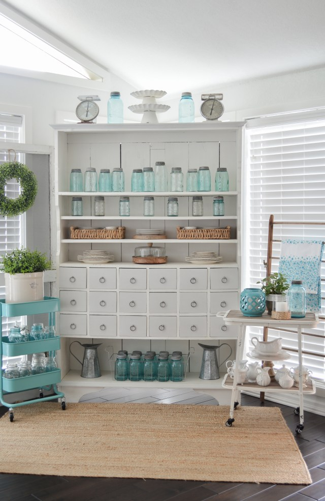 Farmhouse Style Decorating With Color Fox Hollow Cottage