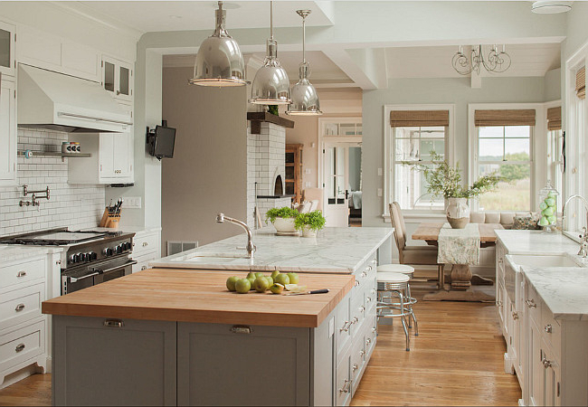 Friday Favorites Farmhouse Kitchens House Of Hargrove