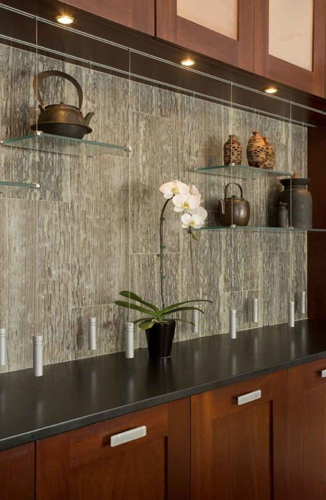 How To Choose A Kitchen Backsplash With Images Glass Shelves Kitchen Floating Glass Shelves