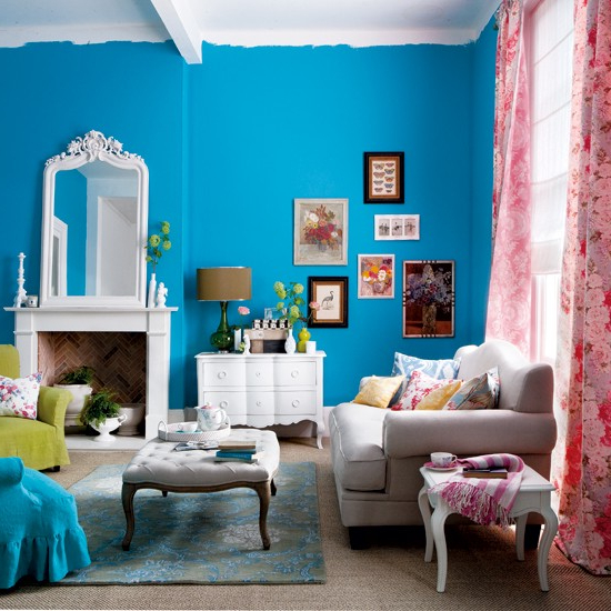 How To Use Bright Colors To Decorate The Home
