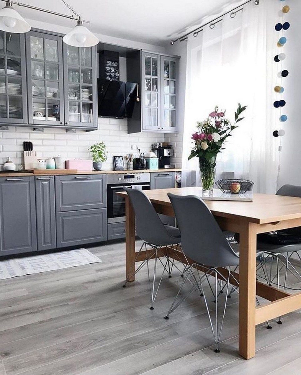 Incredible Farmhouse Grey Kitchen Cabinet Design Ideas 33