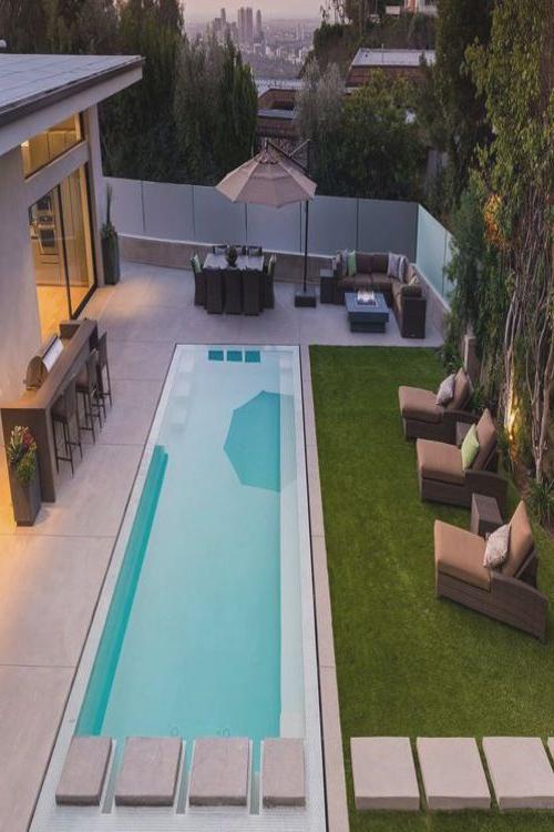 Italian Modern Lawn Concrete Steps Small Backyard