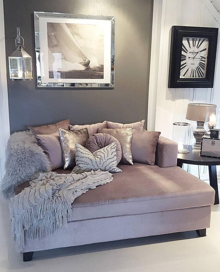 Love This Mauve Gray And White Color Scheme For The
