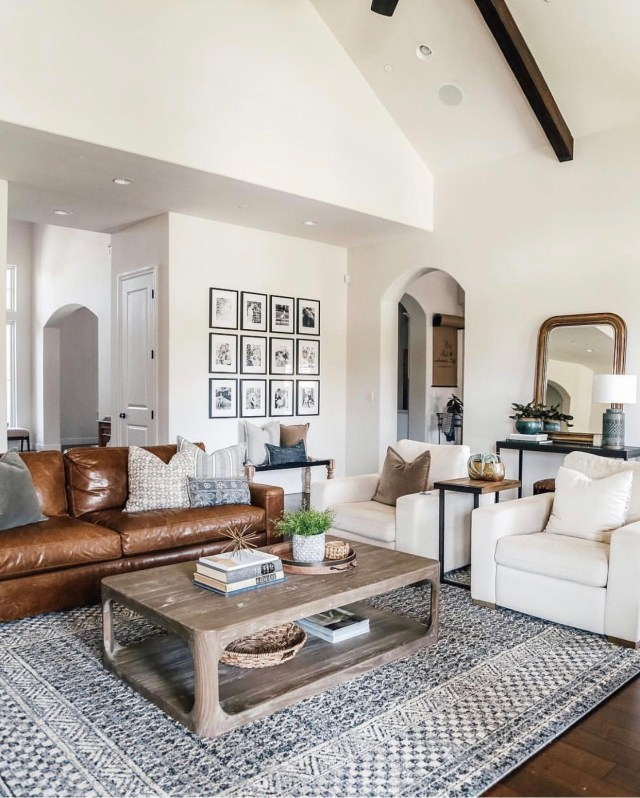 Love This Open Layout Livingroom With Off White Walls And