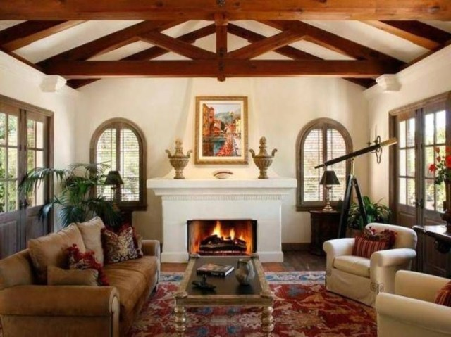 Mediterranean Style Decor With Casemen Windows With And