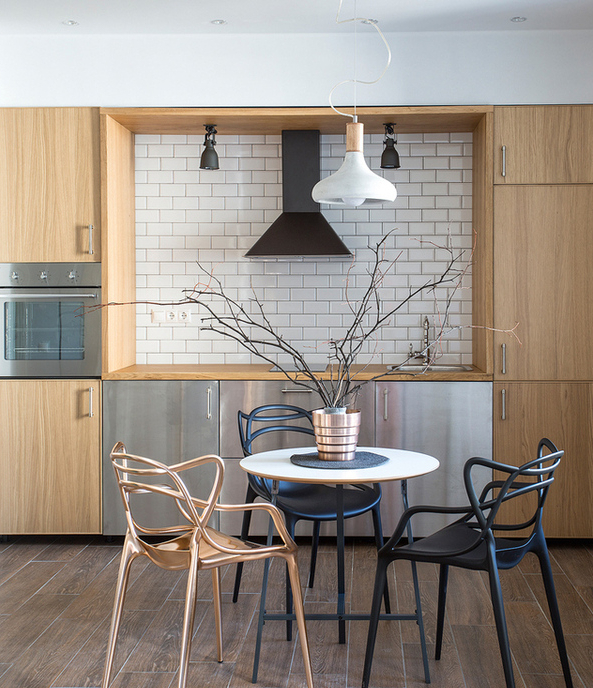Minimalist Studio Apartment Decorated With Designer