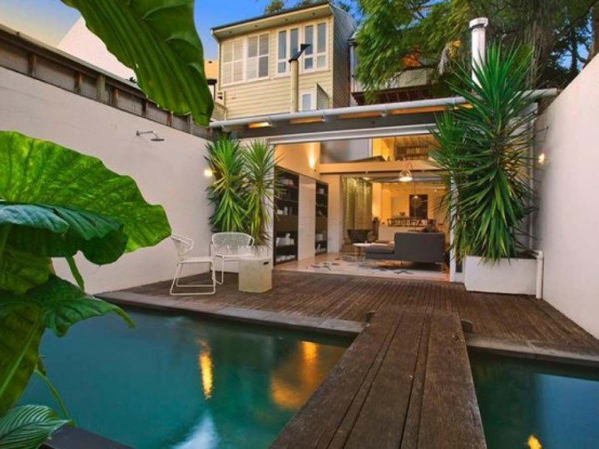 Modern Style Of Tropical House Ideas Comfortable And
