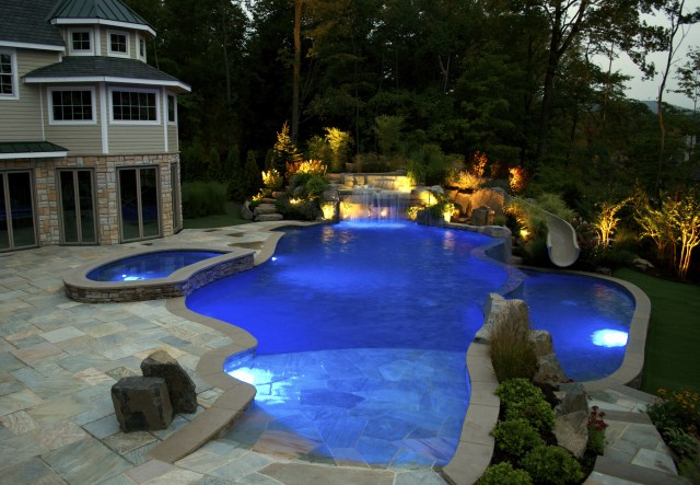 Nj Pool Company Debuts New Pool Features For Luxury