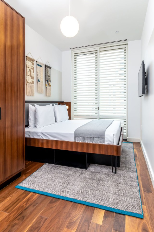 Pod Hotelss Micro Apartments In Times Square Flagship Are