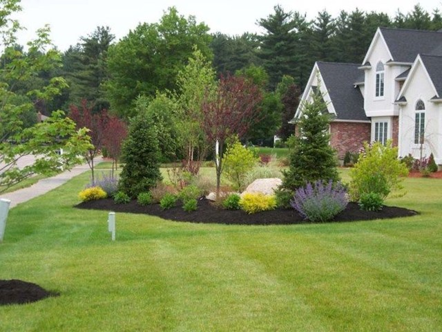 Simple And Beautiful Front Yard Landscaping Ideas On A