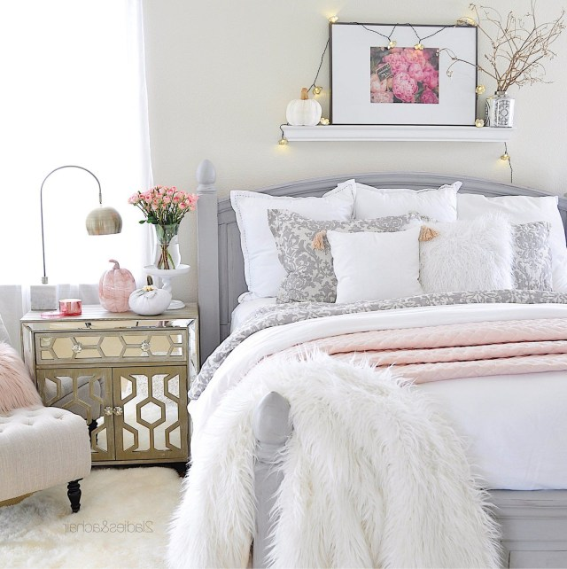 Simple Cozy Fall Decorating Ideas For The Bedroom
