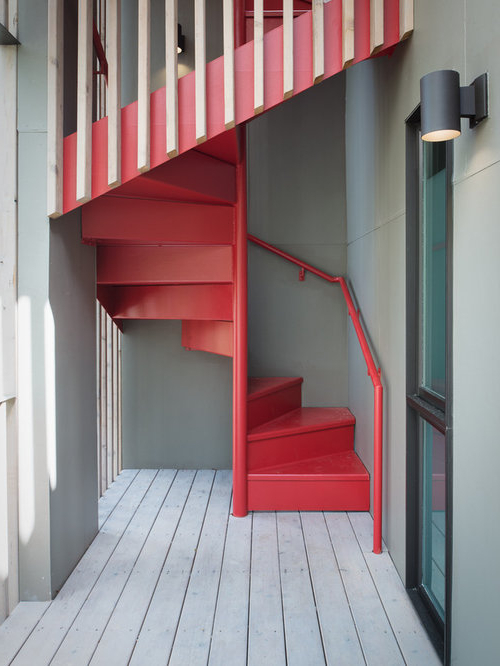 Small Footprint Staircase Home Design Ideas Renovations