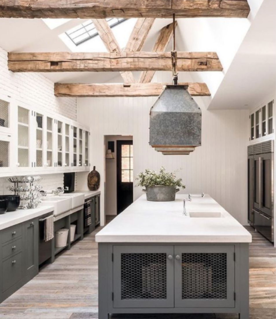 The 15 Most Beautiful Modern Farmhouse Kitchens On Pinterest With Images Modern Farmhouse