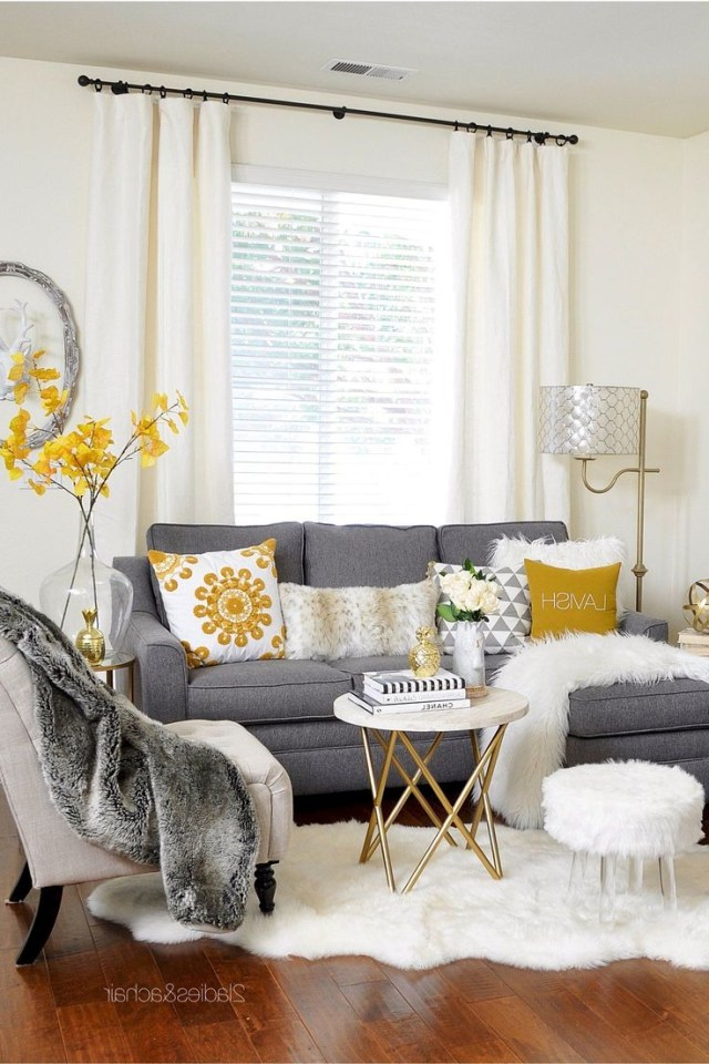 The 25 Best Small Living Rooms Ideas On Pinterest Small