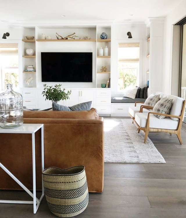 The Sunday 7 Hello From California Home Living Room