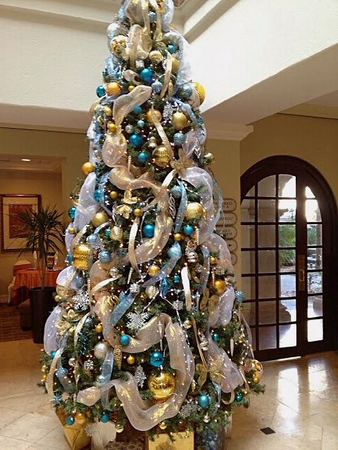 Tiffany Blue Gold Christmas Tree With Images Blue