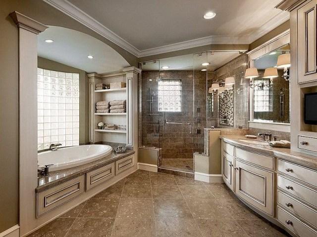 Traditional Master Bath In Neutral Tones Masterbathrooms