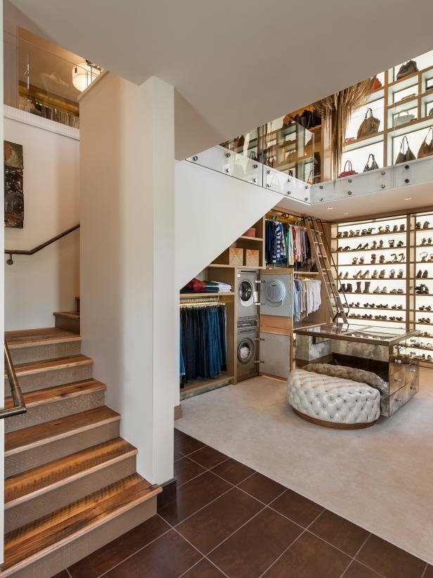 Two Story Walk In Closet With Built In Home Office 2015
