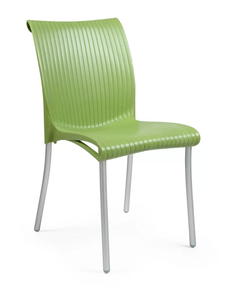 regina stackable patio chair in geen 4 pack