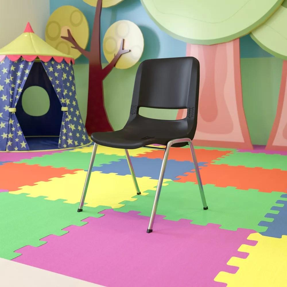 chaise empilable en plastique avec siege a une hauteur de 45 72cm 18po