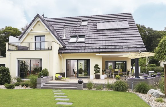Extravagant detached house with pitched roof