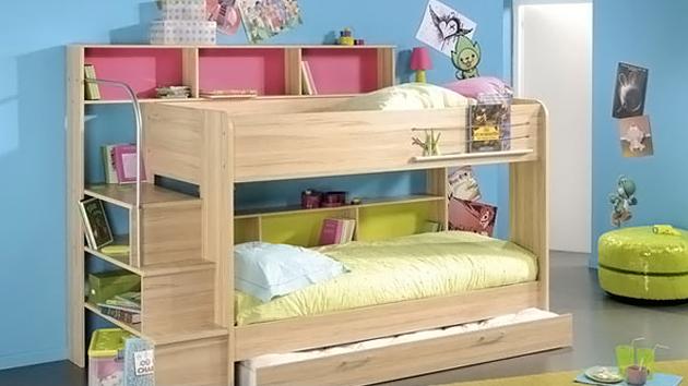 Kid's Bedroom Furniture: Space Saving Bunk Beds