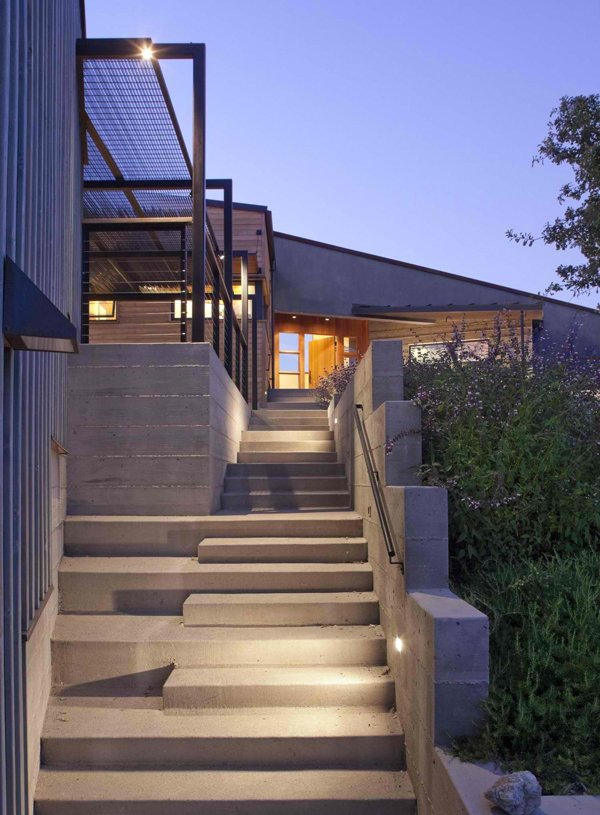 15 Concrete Exterior Staircase Design | Home Design Lover on Backyard Stairs Design id=69729