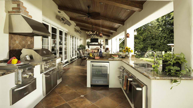 15 awesome contemporary outdoor kitchen designs home on kitchen design ideas photos and videos hgtv id=88852