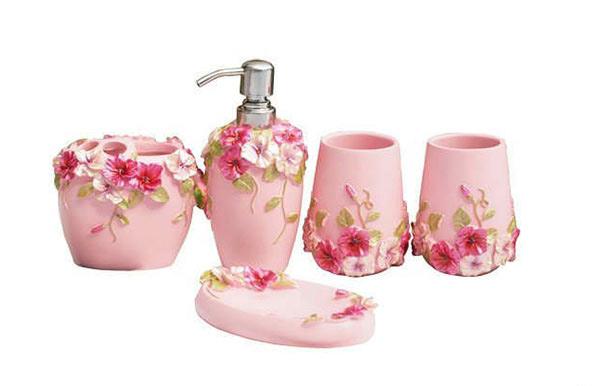 Floral Bathroom Accessories Set