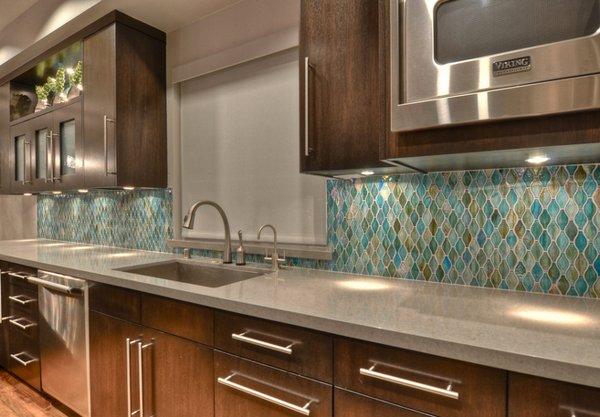 Contemporary Kitchen Island Designs