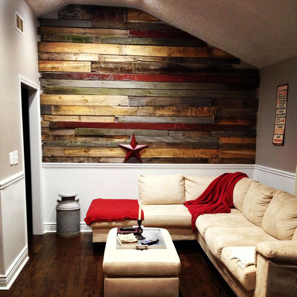 20 Astounding Living Rooms with Pallet Walls | Home Design ... on Pallet Room Ideas  id=95542