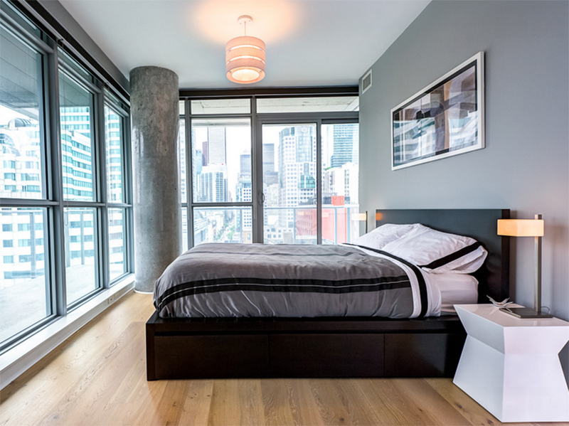 22 Bachelor's Pad Bedrooms for Young Energetic Men | Home ... on Guys Small Bedroom Ideas  id=17966
