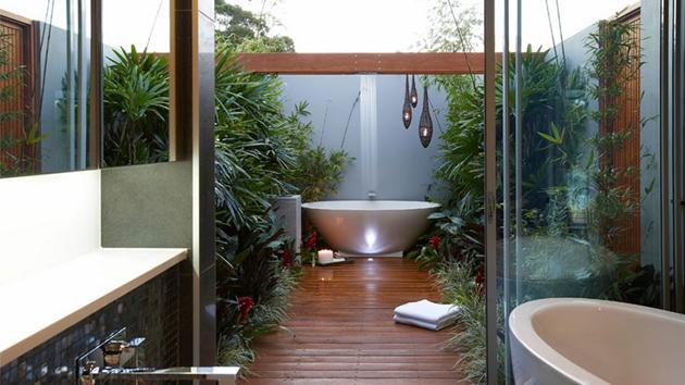 25 Inviting Tropical Bathroom Design Ideas Home Design Lover