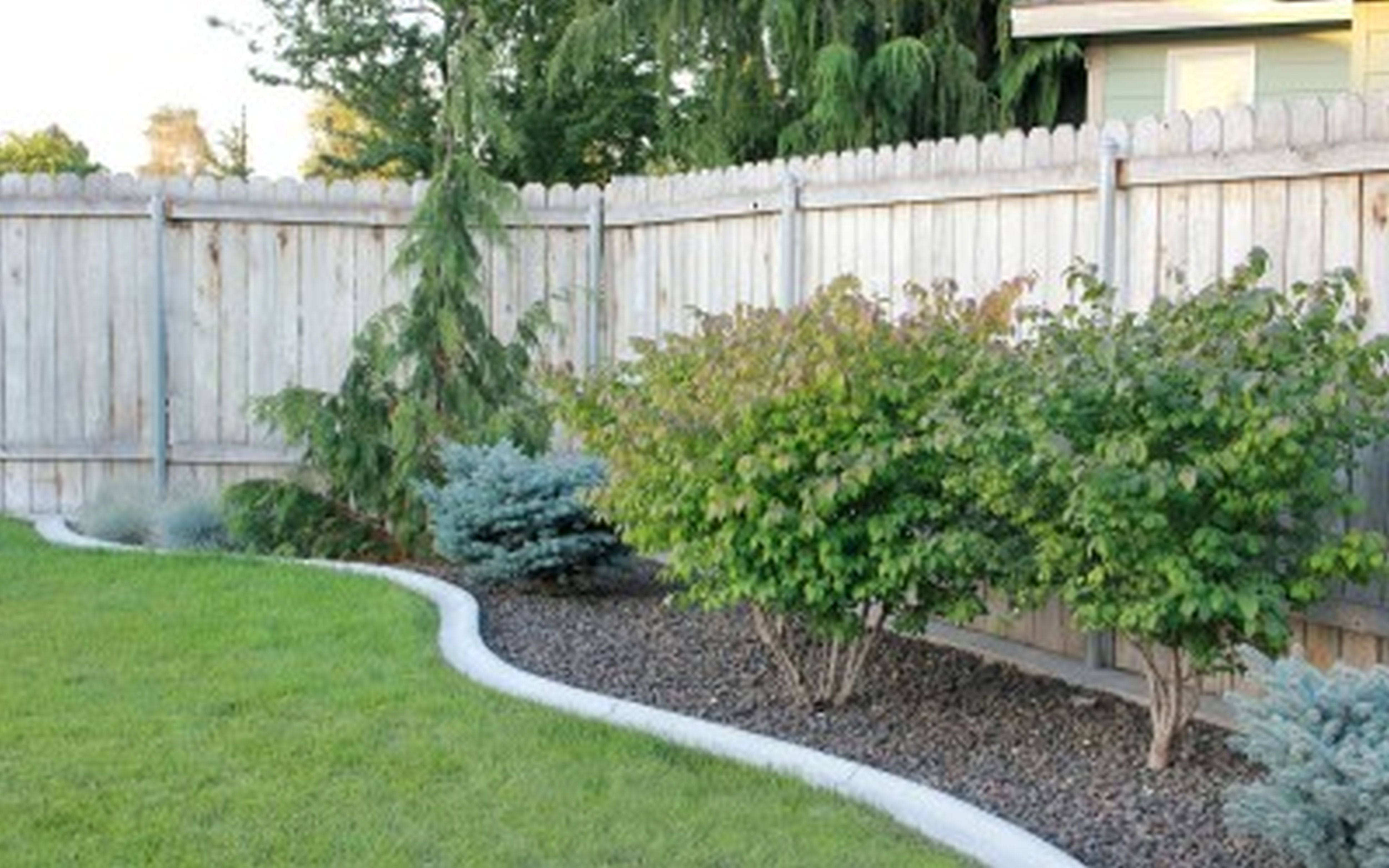 Backyard landscape ideas on a budget - large and beautiful ... on Backyard Patio Designs On A Budget id=55692