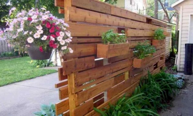 Planter Screens As Decor And Space Dividers0024