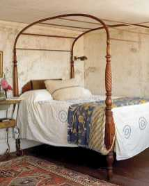Dreamy Canopy Beds 0003