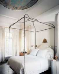 Dreamy Canopy Beds 0009