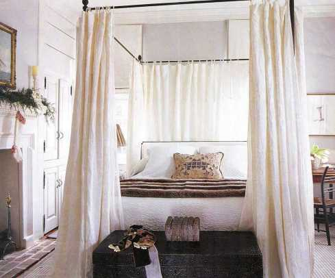 Dreamy Canopy Beds 0012