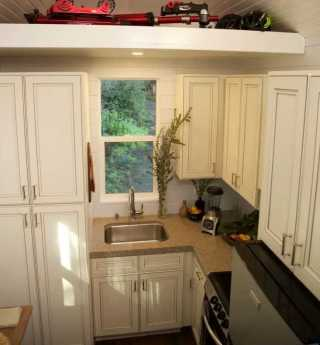 Clever Tiny House Kitchen Ideas0021