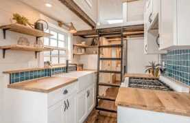 Clever Tiny House Kitchen Ideas0023