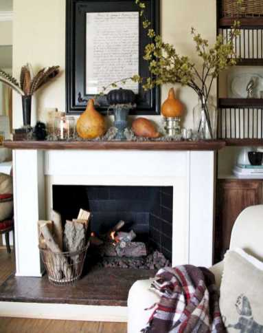 DIY Fall Living Room Decoration With Fireplace Ideas0029
