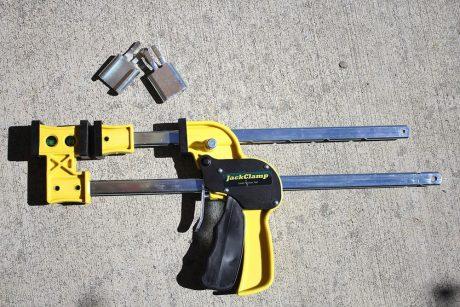 measure clamping pressure