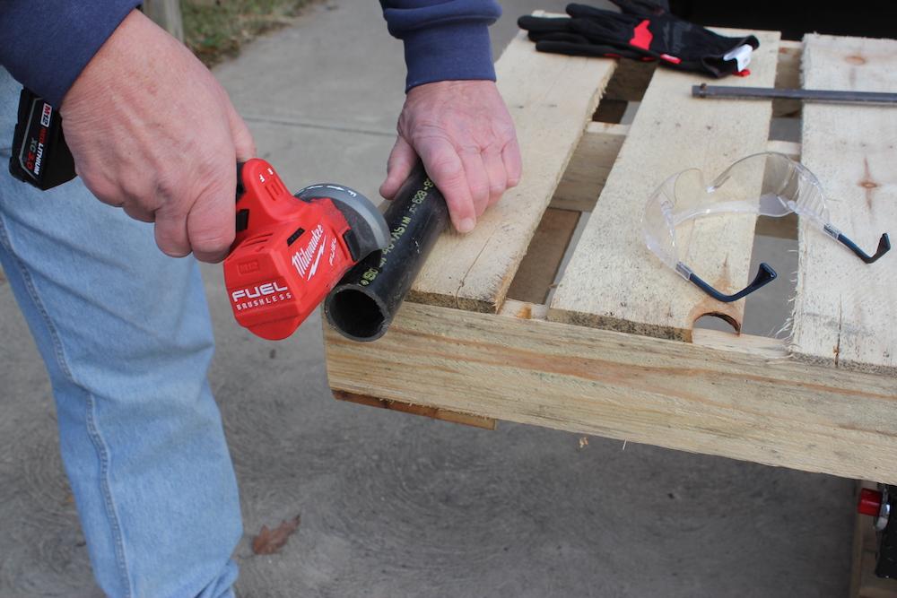 Milwaukee M12 cut off tool