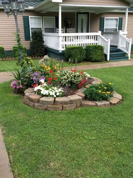 24 Stunning Small Front Yard Landscaping Design Ideas Homeflish