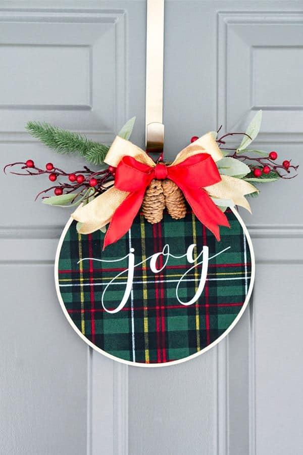 DIY Wreaths - Christmas Wreath